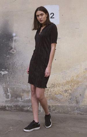 Ixil dress black by Styelin